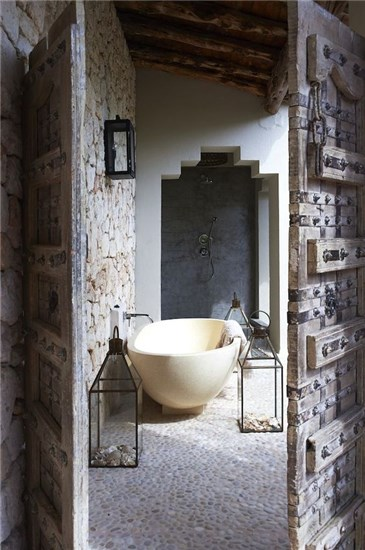 14+1 BOHO ETHNIC BATHROOMS