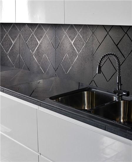 ΧΕΙΡΟΠΟΙΗΤΑ στο manetas.net με ποικιλία και τιμές σε πλακακια μπάνιου, κουζίνας, εσωτερικου και εξωτερικού χώρου pecchioli-1.jpg