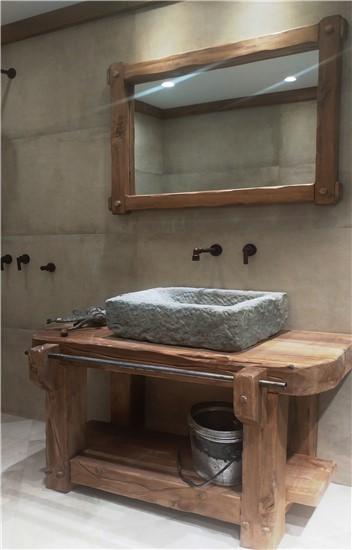 ΕΠΙΠΛΑ ΜΠΑΝΙΟΥ στο manetas.net με ποικιλία και τιμές σε πλακακια μπάνιου, κουζίνας, εσωτερικου και εξωτερικού χώρου 1manetas-handmadefurniture-2.jpg