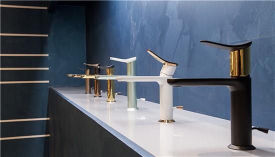 ΜΠΑΤΑΡΙΕΣ στο manetas.net με ποικιλία και τιμές σε πλακακια μπάνιου, κουζίνας, εσωτερικου και εξωτερικού χώρου huber-harlock-1.jpg