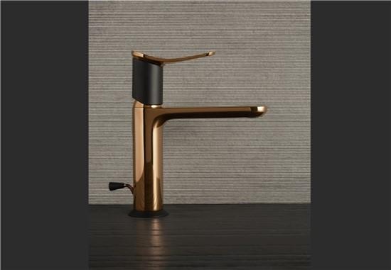 ΜΠΑΤΑΡΙΕΣ στο manetas.net με ποικιλία και τιμές σε πλακακια μπάνιου, κουζίνας, εσωτερικου και εξωτερικού χώρου huber-harlock.jpg