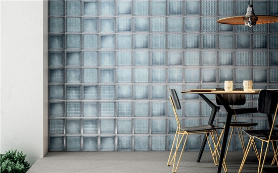 GLASS TILES...THE NEW DECORATIVE SOLUTIONS